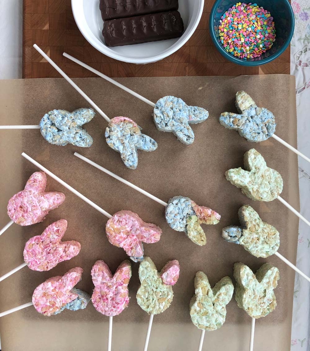 making vegan bunny lollipops