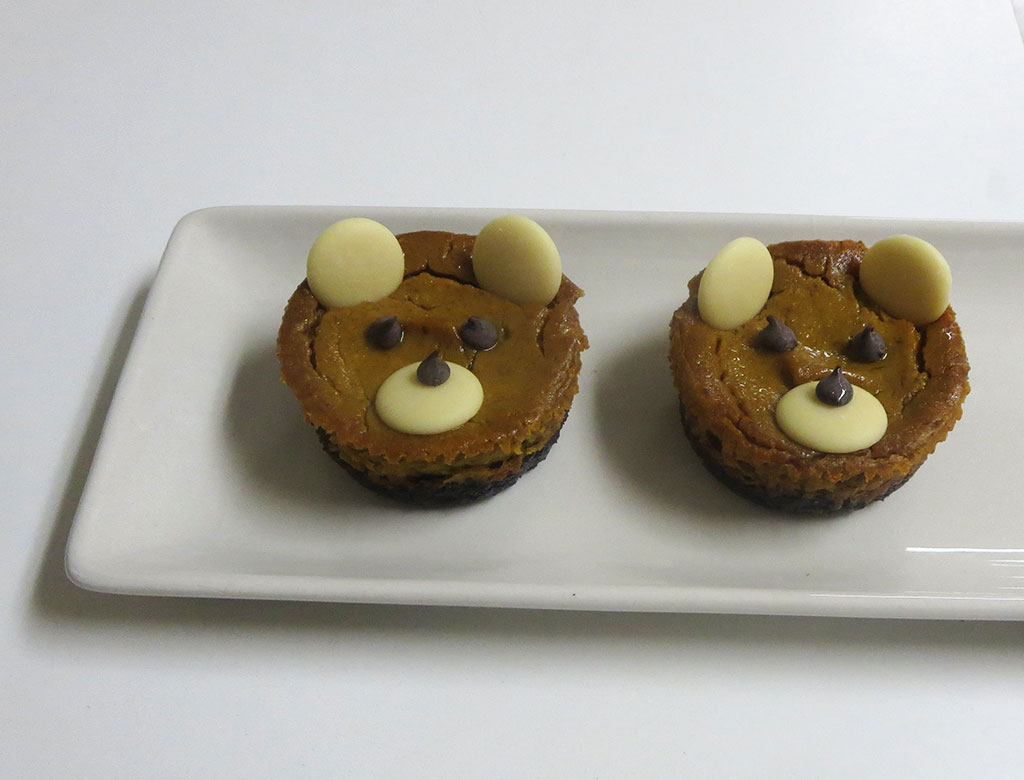 Vegan Pumpkin Cheesecake Bears