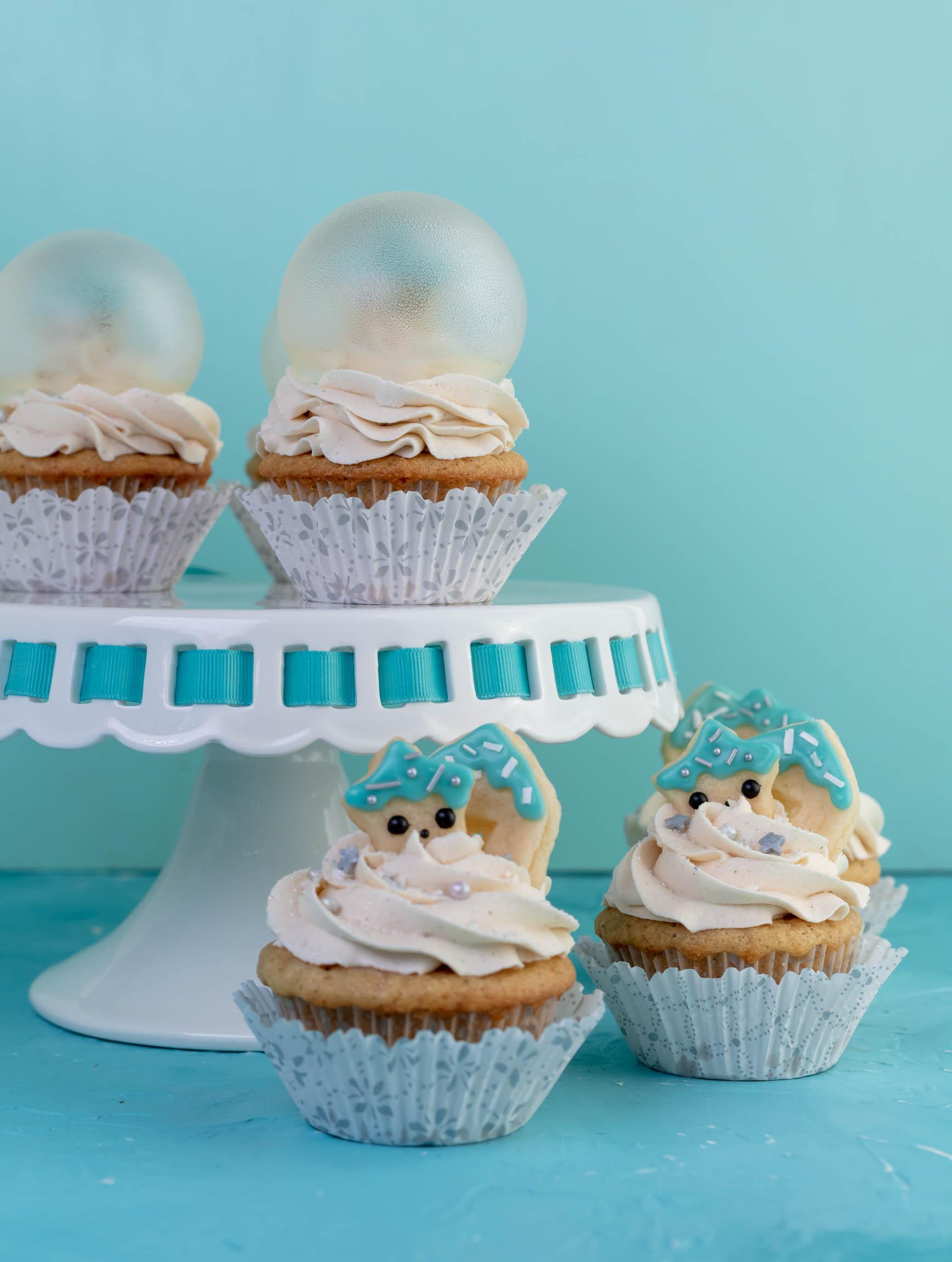 vegan snow globe cupcakes