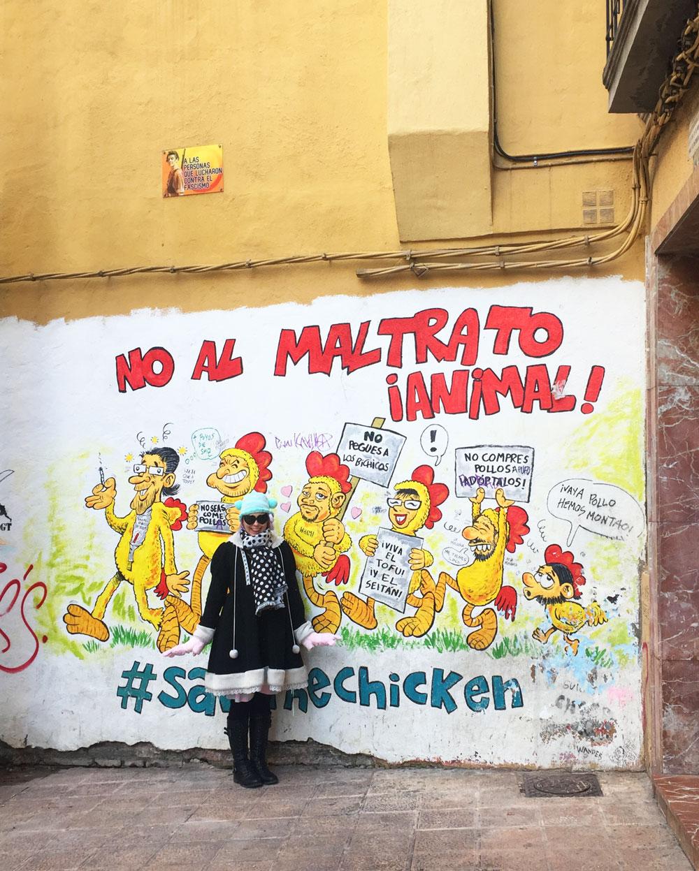 an animal rights mural in Zaragoza